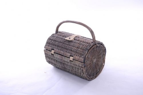 2 Person Barrel Hamper with Natural Lining